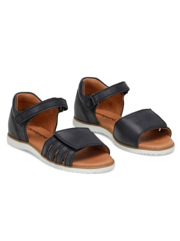 "Bundgaard Skórzane sandały ""Frida"" w kolorze czarnym"
