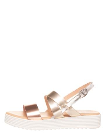 Michela Skórzane sandały w kolorze jasnoróżowo-złotym