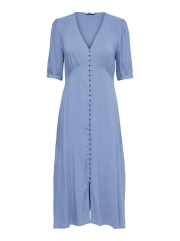 """ONLY Sukienka """"Dailsy"""" w kolorze błękitnym"""