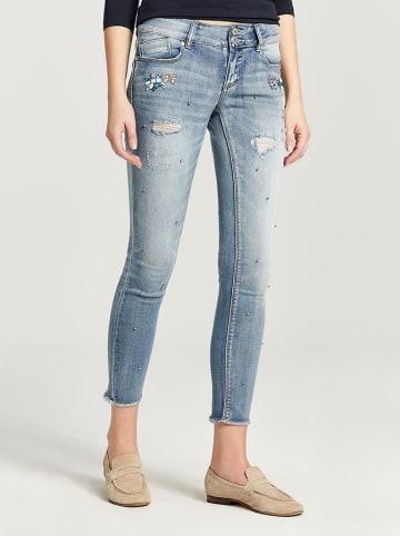 Zabaione Dżinsy w kolorze jasnoniebieskim