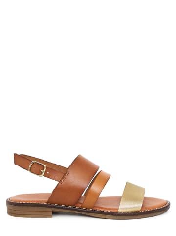 CLKA Skórzane sandały w kolorze jasnobrązowym
