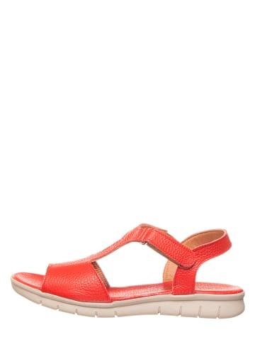 CAMINA by Kmins Skórzane sandały w kolorze koralowym
