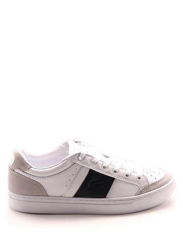 """Lacoste Skórzane sneakersy """"Courtline"""" w kolorze biało-czarnym"""