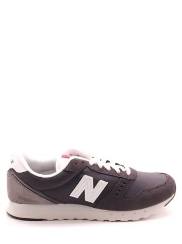 """New Balance Sneakers """"311"""" grijs"""