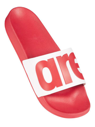 """Arena Klapki """"Urban Slide"""" w kolorze czerwonym"""