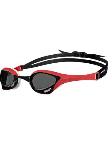 """Arena Okulary """"Cobra Ultra"""" w kolorze czarno-czerwonym do pływania"""