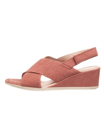 """Ecco Skórzane sandały """"Shape 35"""" w kolorze jasnoróżowym"""