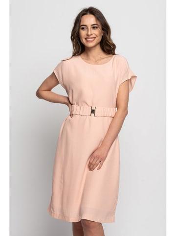 Bialcon Sukienka w kolorze brzoskwiniowym
