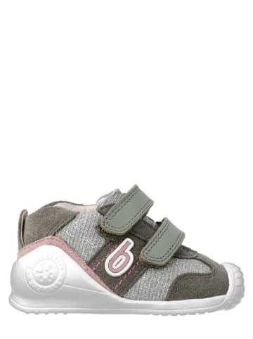 Biomecanics Skórzane buty w kolorze khaki do nauki chodzenia