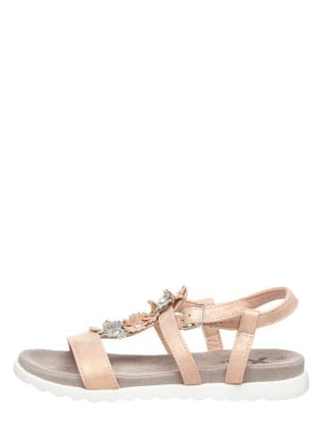 Xti Sandały w kolorze brzoskwiniowym