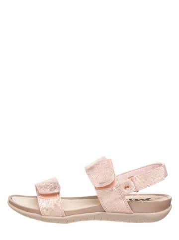 Xti Sandały w kolorze jasnoróżowym