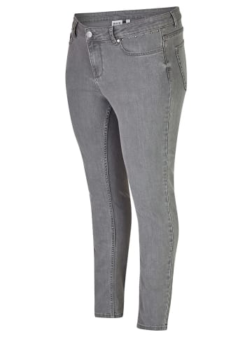 Rock Your Curves by Angelina K. Jeans - Slim fit - in Grau