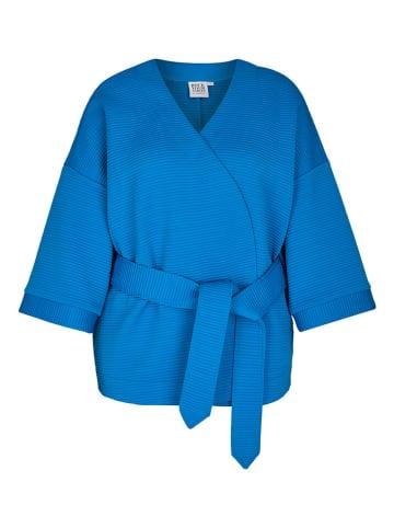 Rock Your Curves by Angelina K. Kardigan w kolorze niebieskim