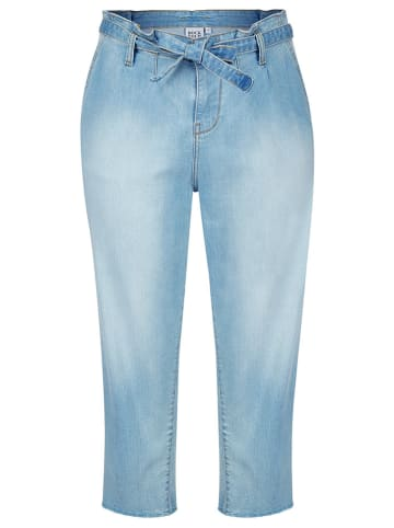 Rock Your Curves by Angelina K. Jeans - Tapered fit - in Hellblau
