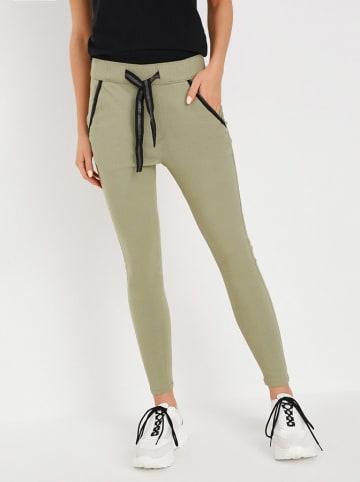 Diverse Spodnie w kolorze khaki