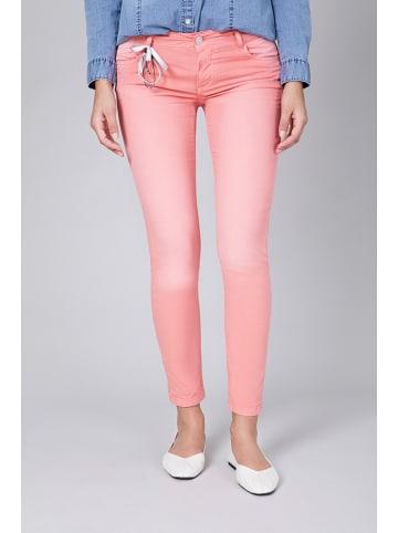"""Blue Fire Spodnie """"Chloe"""" w kolorze jasnoróżowym"""