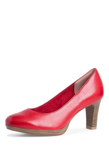 Tamaris Skórzane czółenka w kolorze czerwonym