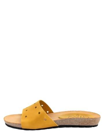 CIVICO 61 Leren slippers mosterdgeel