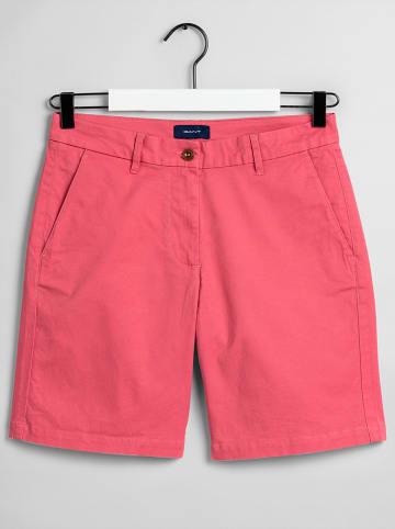 Gant Shorts in Pink
