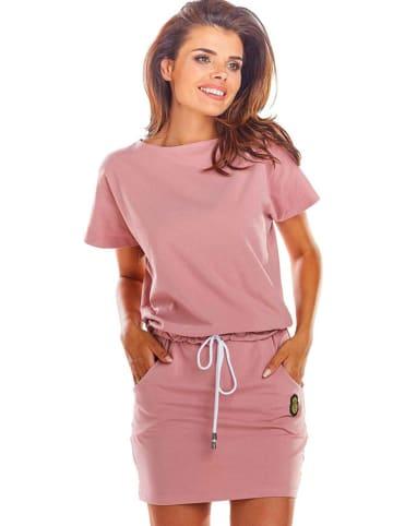 INFINITE YOU Sukienka w kolorze pudroworóżowym