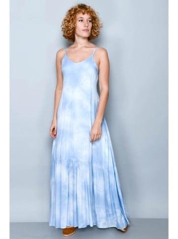 Tarifa Sukienka w kolorze biało-niebieskim