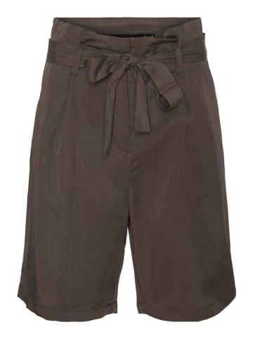 """Vero Moda Shorts """"VIVIANANEVE"""" in Braun"""