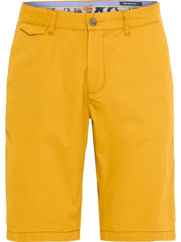 Camel Active Szorty chino w kolorze żółtym