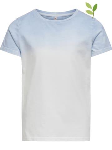 """KIDS ONLY Koszulka """"Blake"""" w kolorze biało-błękitnym"""