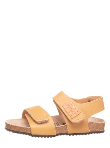 KAVAT Leren sandalen mosterdgeel