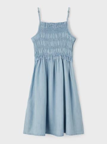 "Name it Sukienka ""Batanja"" w kolorze błękitnym"