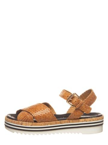 """SALAMANDER Skórzane sandały """"Edola"""" w kolorze karmelowym"""