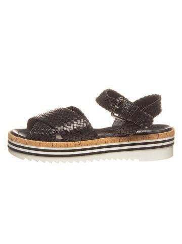 "SALAMANDER Skórzane sandały ""Edola"" w kolorze czarnym"