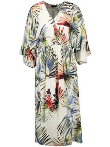 TAIFUN Sukienka w kolorze kremowym ze wzorem