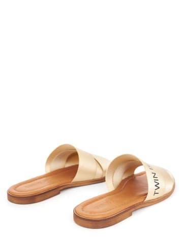 Twin Island Slippers beige