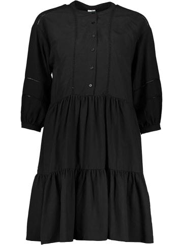 """Khujo Sukienka """"Crepes"""" w kolorze czarnym"""