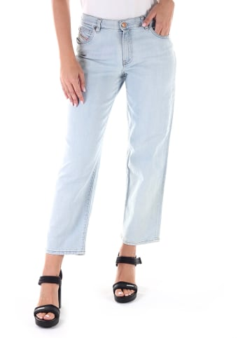 "Diesel Clothes Dżinsy ""Niclah"" - Regular Straight fit - w kolorze błękitnym"
