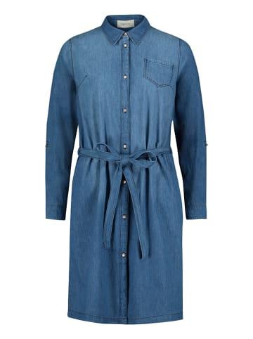 CARTOON Sukienka dżinsowa w kolorze niebieskim
