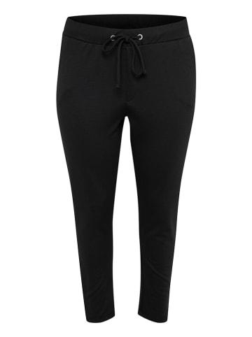 """KAFFE curve Spodnie """"Olivia"""" w kolorze czarnym"""