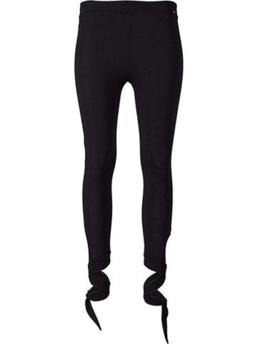 Skiny Legginsy w kolorze czarnym