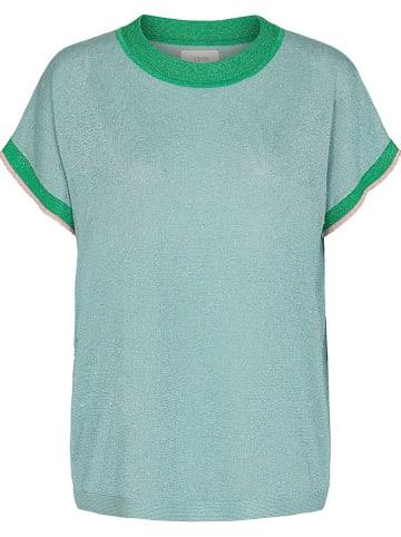 """NÜMPH Koszulka """"Nudarlene"""" w kolorze błękitno-zielonym"""