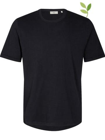 """Minimum Shirt """"Delta"""" in Schwarz"""