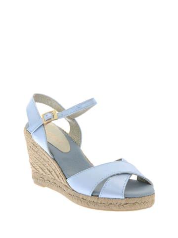 Pazolini Skórzane sandały w kolorze jasnoniebieskim