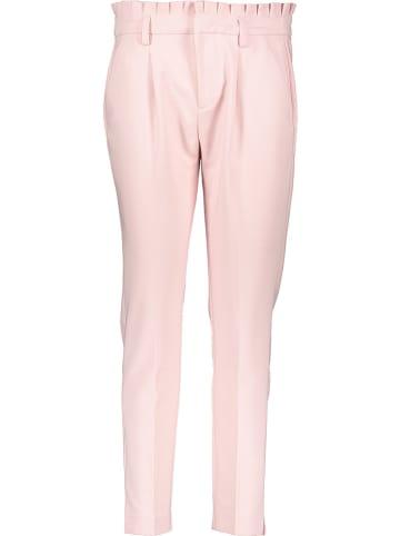"""Naf Naf Spodnie """"Epipa"""" w kolorze jasnoróżowym"""