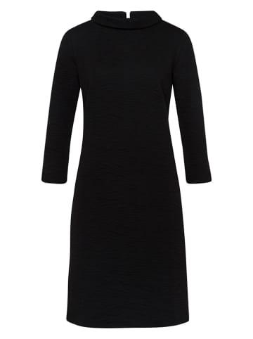 More & More Sukienka w kolorze czarnym