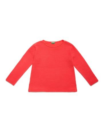 Benetton Wełniany sweter w kolorze koralowym