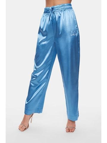 """PLNY LALA Spodnie """"Susan"""" w kolorze niebieskim"""