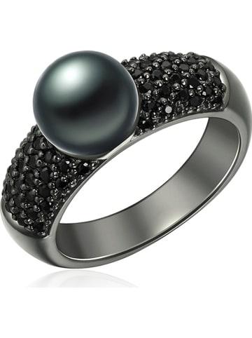 Nova Pearls Copenhagen Srebrny pierścionek z perłą i cyrkoniami