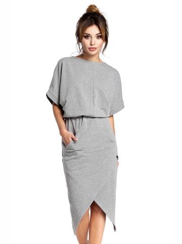 Bewear Kleid in Grau