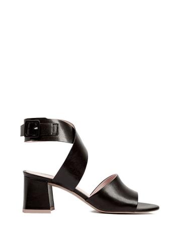 L37 Skórzane sandały w kolorze czarnym