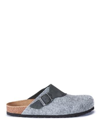 Mandel Clogs in Grau